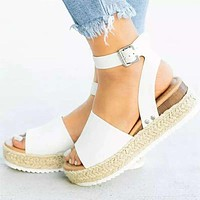 Fashion Sandals Woman Sawdust Large Size Toe Sandals Women's Flat-soled Sandals White
