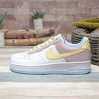 Nike Air Force 1 07DHLF12