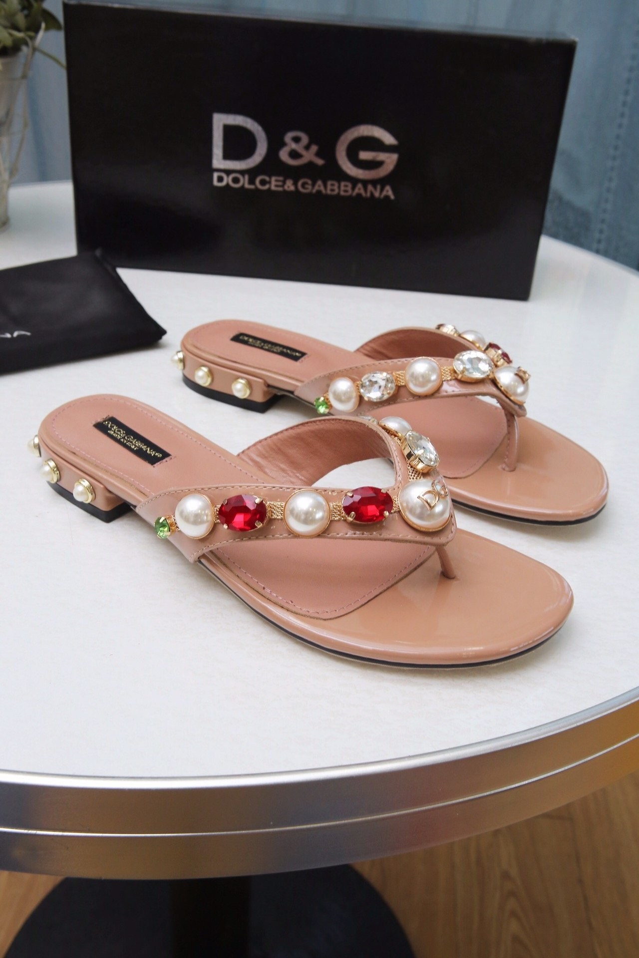 Image of D&G Women Casual Shoes Boots fashionable casual leather Women Heels Sandal Shoes
