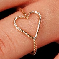 Gold Dainty Wire Heart Ring