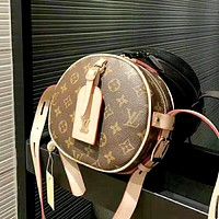 LV 2019 new retro classic old flower female round cake small bag shoulder bag Messenger bag