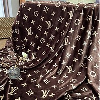 Fendi GUCCI DIOR  LV Louis Vuitton Hot Sale Full Printed Retro Blanket D Home Coral Fleece Thickening Blanket Adult Single Bed Blanket