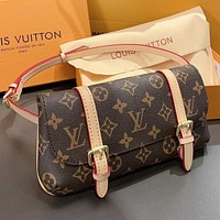 Hipgirls LV Louis Vuitto New fashion monogram print leather shoulder bag crossbody bag
