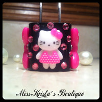 Hello kitty iPhone 4 5 case wall charger pearl black pink phone charger