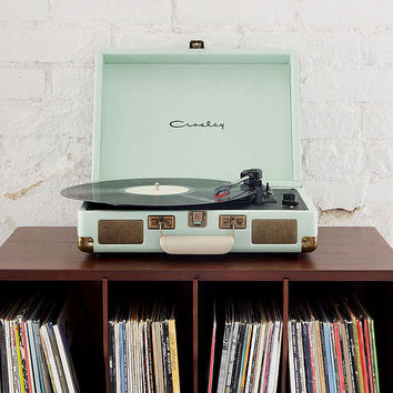 Crosley Cruiser Mint UK Plug Record Player - Urban Outfitters