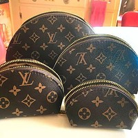 LV Louis Vuitton shell bag cosmetic bag four-piece set