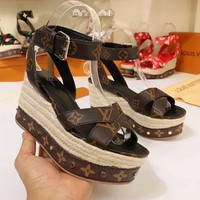 Louis Vuitton, LV Women Casual Shoes Boots fashionable casual leather Women Heels Sandal Shoes
