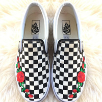 shosouvenir Vans Classics Old Skool Rose Embroidery Black Sneaker