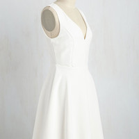 Flaunt to Bet? Dress in Ivory | Mod Retro Vintage Dresses | ModCloth.com