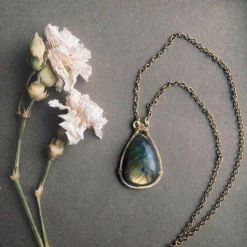 simple labradorite necklace • teardrop labradorite pendant - witch crystal necklace - mystical jewelry - witch jewelry - made in finland