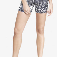 EXP CORE COMPRESSION SHORTS - ZIGZAG from EXPRESS