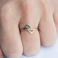 Gold Spike Ring, 14kt Gold Filled Chevron, Triangle, Thin Ring