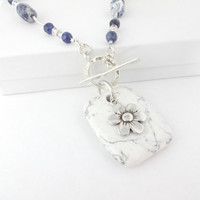 Beautiful Sterling Silver Front Toggle Navy Blue and White Lapis Lazuli Pendant Necklace