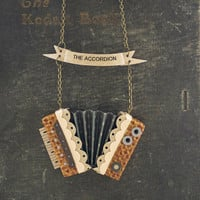 The Accordion Necklace / Mustard Seed and Grey