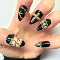 Doobys Stiletto - Gold Chains - 20 Hand Painted 3d Nails
