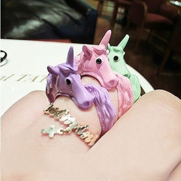 1pc 2015 Korean Lovely Candy Color Unicorn Finger Ring Enamel Horse Party Rings For Women Fashion Jewelry Cavalo Christmas Gift = 1958522820