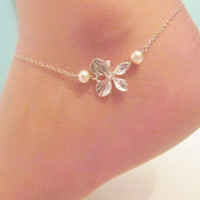 Orchid anklet with freshwater pearls