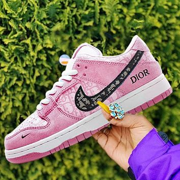 NIKE SB DUNK LOW casual shoes skateboard shoes low-top sneakers pink
