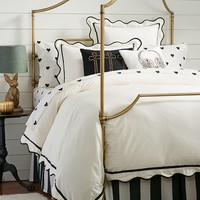 The Emily + Meritt Scallop Duvet Cover, Full/Queen, Black/Egret