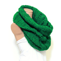 Wrapped Up,Woman Scarves,Winter scarves, Knitted Accessory, Green scarf. Loop Scarf, Circle Scarf, Chunky, Cowl, Knit Scarves