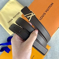 Louis Vuitton smooth belt fashion casual letter buckle belt