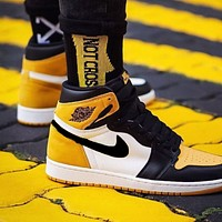 Air Jordan 1 AJ1 hot sale men's and women's yellow high top basketball sneakers