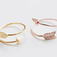 thick arrow rings,unique rings,adjustable rings,knuckle ring,stretch rings,men ring,cool rings,couple rings,cute ring,fun rings,bow rings