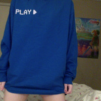 VHS PLAY SWEATER