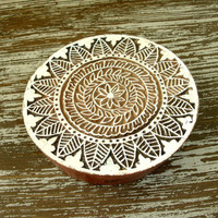 Flower and Leaf Stamp, Indian Printing Block, Hand Carved Wood Stamp, Large Round Wooden Circle Stamp, Ceramics Textile Pottery, India Decor