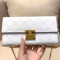 GUCCI 2019 new embossed double G female chain bag shoulder bag