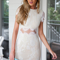 Round Neckline Short Sleeves Lace Dress with Sheer Lace Waistline