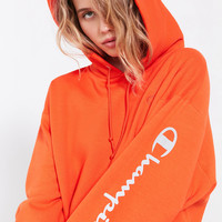 Champion + UO Powerblend Reflective Hoodie Sweatshirt | Urban Outfitters
