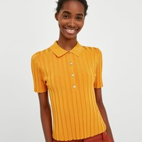 RIBBED POLO SHIRT DETAILS