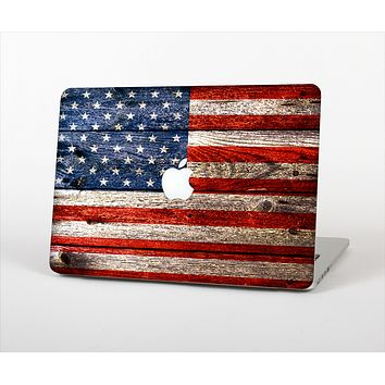 """The Wooden Grungy American Flag Skin Set for the Apple MacBook Pro 13"""" with Retina Display"""