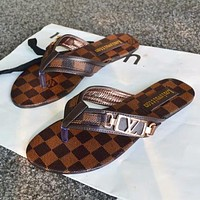 LV Louis Vuitton classic leather sandals fashion men's and women's shoes casual flip-flops