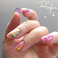 Reusable Holographic Rainbow Glass Press-On Nails (Set of 24)
