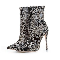 Embroidered High heeled Boots