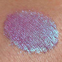 Drawbridge Dreams - eyeshadow - duochromepurple/blue- Once Upon a Time Collection
