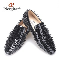 new black patent leather men handmade shoes with different shapes of rivets Fashion Party men loafers men's flats