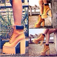 Cool Round Head Block Color Chunky High-Heeled Boots