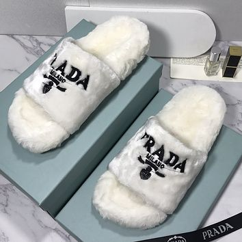 PRADA Plush Embroidered Letter Logo Ladies Slippers Beach Sandals Shoes 1
