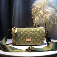 Kuyou Gb5988 Louis Vuitton Lv Green Monogram Bumbag Utility Side Bag