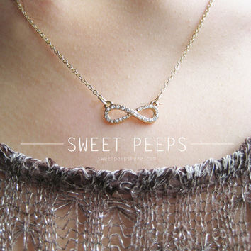 Delicate Gold Rhinestone Infinite Necklace