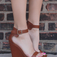 The GiGi Wedge - Whiskey