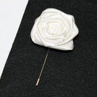 Ivory Flower Lapel Pin, Ivory Boutonniere, Groom Boutonniere, Groomsmen Boutonniere, Rose Boutonniere, Buttonhole