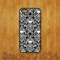 iphone 5C case,damask,skull,iphone 5S case,iphone 5 case,iphone 4 case,iphone 4S case,ipod 4 case,ipod 5 case,ipod case,iphone cover