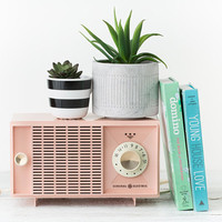 Vintage Pink Radio - Display Radio - Light Pink Retro Radio - 1950s Movie Prop - General Electric - Pastel Pink - Blush Pink Decor