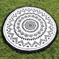 Final Sale - Ohana Round Beach Towel in Roundie