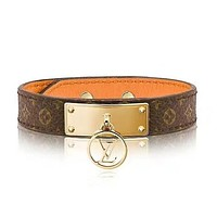 LV Louis Vuitton Fashion New Monogram Leather Personality Bracelet Accessories Women