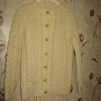 VINTAGE Cream color cable knit Thick wool fisherman cardigan ENGLAND